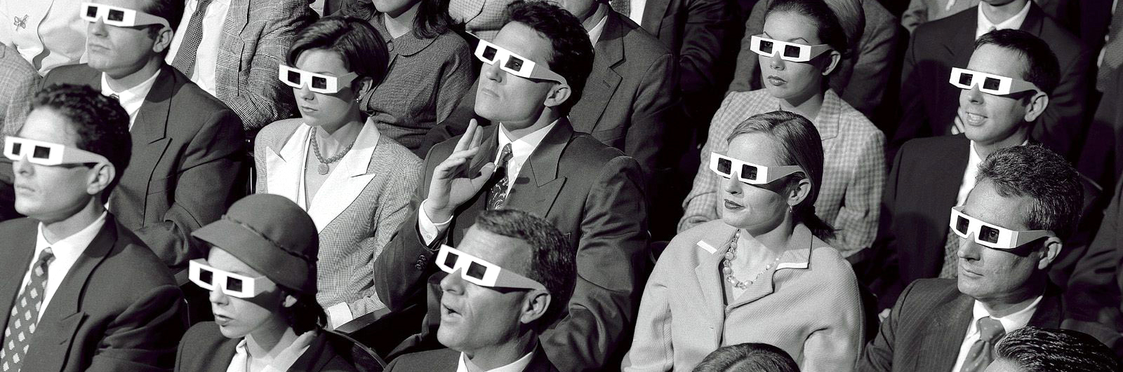 audience-with-3d-glasses 2